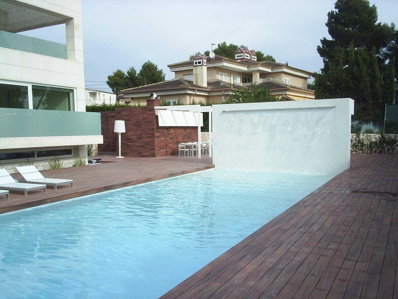 Piscinas en valencia construcci n de piscinas for Piscina climatizada valencia