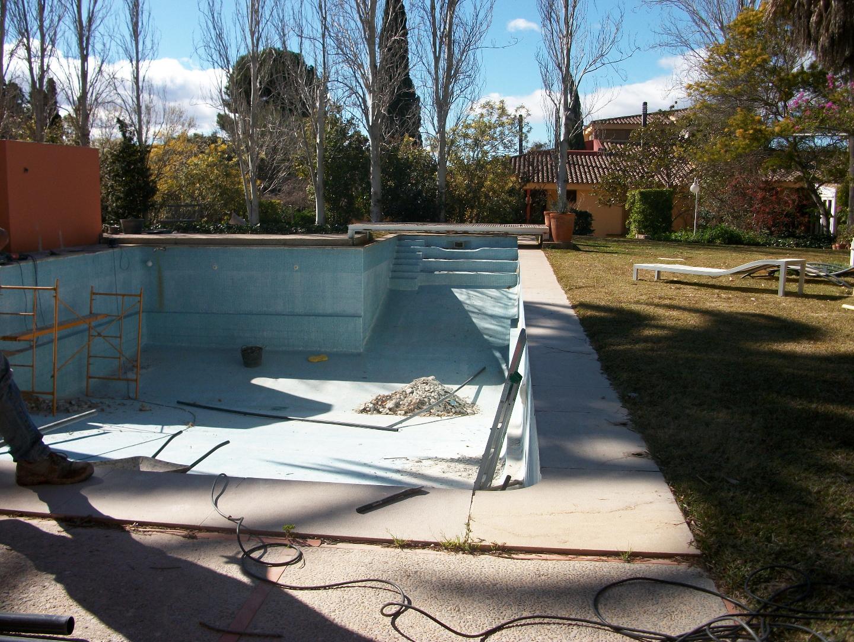Reparacion de piscinas construcci n de piscinas for Reparacion piscinas